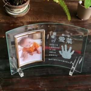癒しのアイテム「赤ちゃん手形フォトフレーム」(^^♪